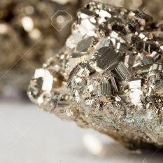 Fichbein Golden pyrite stone